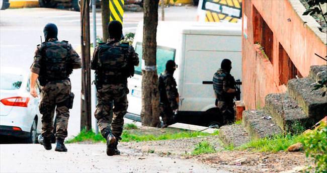 DAEŞ'e 4 şehirde operasyon 71 gözaltı