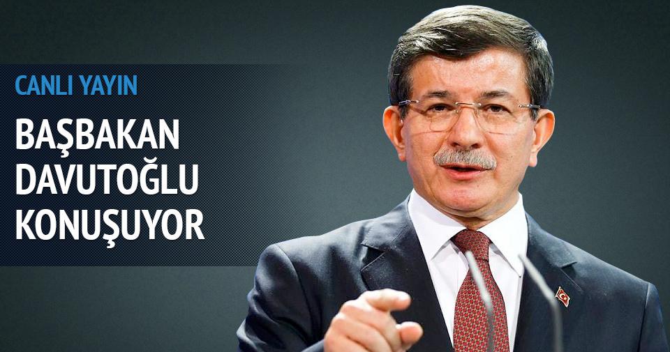 Başbakan Davutoğlu gençlerle buluştu