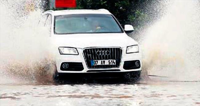 Antalya'da aşırı yağış alarmı