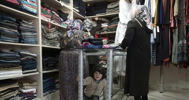 Suriyeli sığınmacılar ücretsiz giyinecek