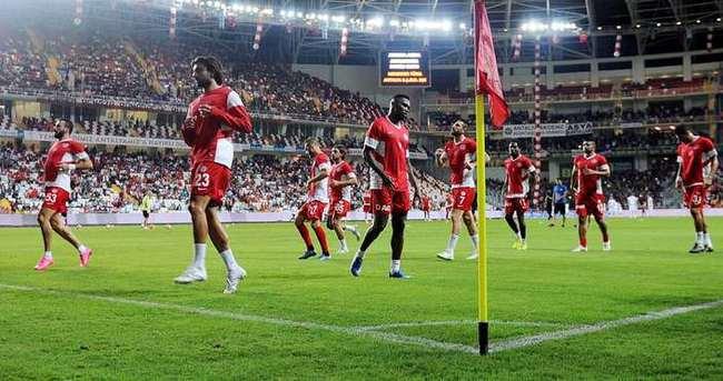 Antalyaspor'a Arena'daki ilk maçta 115 bin lira ceza