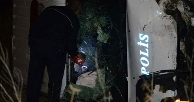 Ankara'da polis aracı takla attı