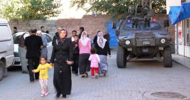 Diyarbakır'da sandıklar PKK'dan böyle korundu