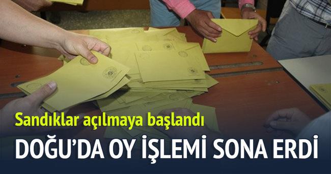 Doğu'da oy işlemi sona erdi