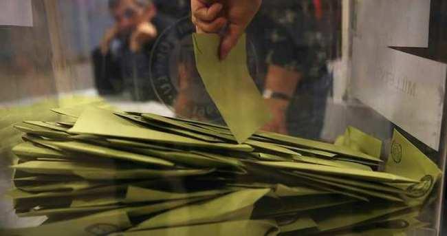 AK Parti büyükşehirlerde fark attı