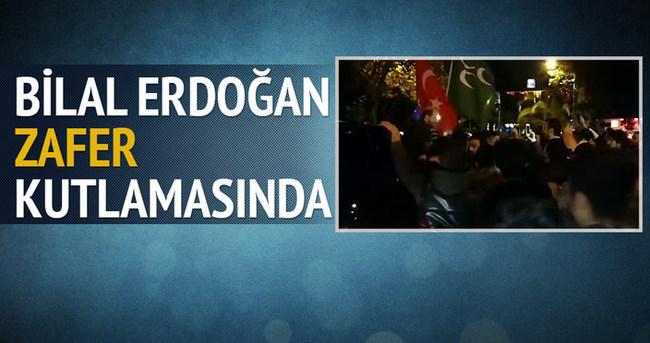 Bilal Erdoğan Bağdat Caddesi'ndeki zafer kutlamasında
