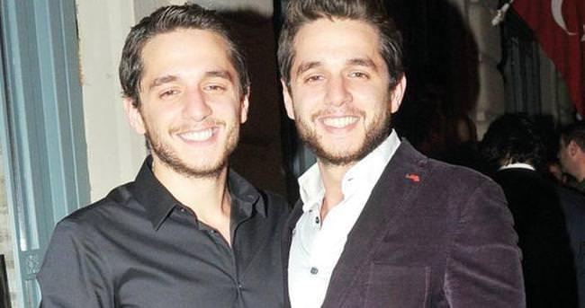 Sercan Badur yeni yaşını ikiziyle kutladı