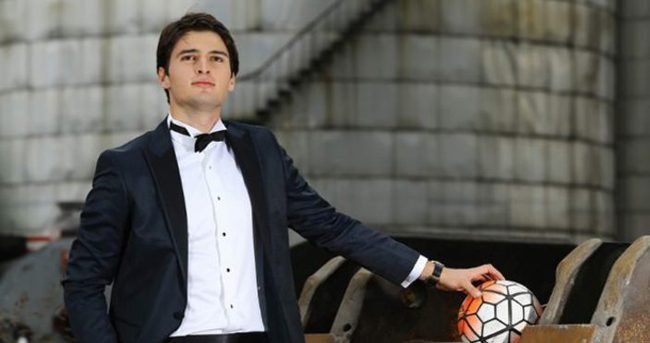 'Liverpool'da oynamayı çok isterim'