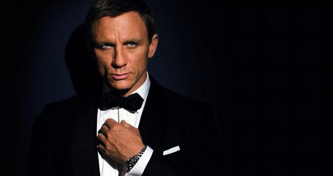 Bond'a dair her şey!