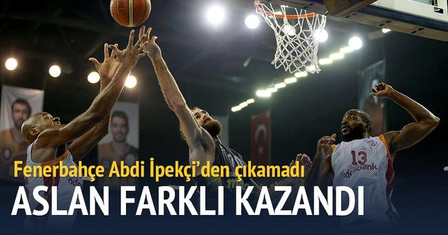 Galatasaray'dan Fenerbahçe'ye fark