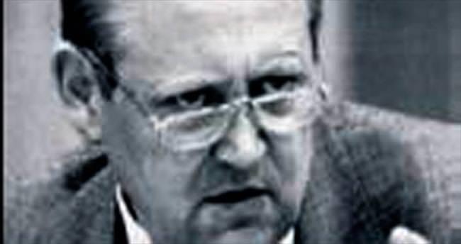 Berlin Duvarı'nın yıkılacağını duyuran Schabowski öldü