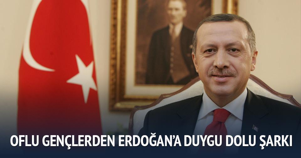 Oflu gençlerden Cumhurbaşkanı Erdoğan'a şarkı!