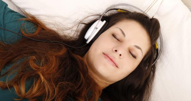 Sabah rahat uyanmak için bunları dinleyin