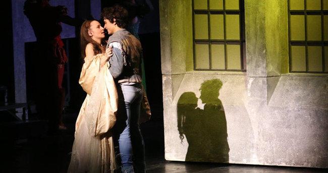 'Romeo&Juliet' ayakta alkışlandı