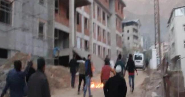 Vatandaşlar PKK'lıları taş ve sopayla kovaladı
