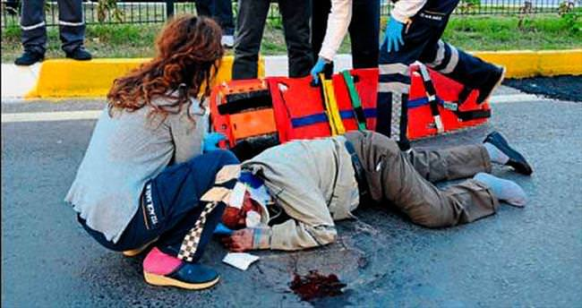Karşıya geçerken motosiklet çarptı