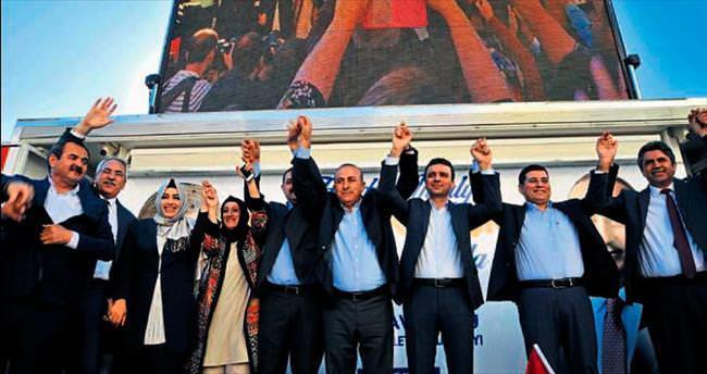 Çavuşoğlu 7 milletvekilini bildi