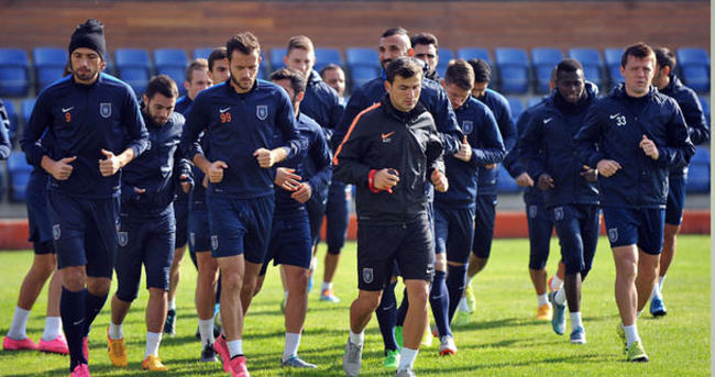 Başakşehir'de Trabzonspor'a karşı 3 eksik