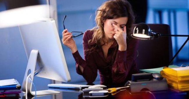 Ofiste göz sağlığını korumanın 8 yolu