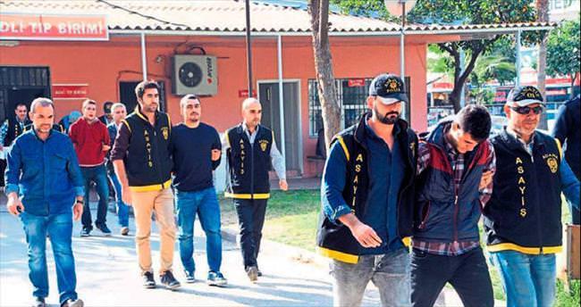 Adana'da sahte polisler yakalandı