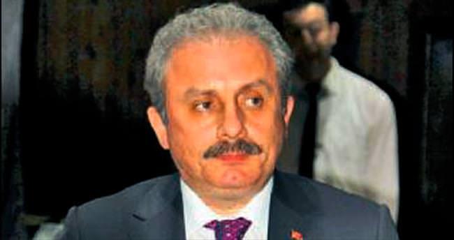 'Yeni anayasa başkanlık sistemi ile tartışılmalı'