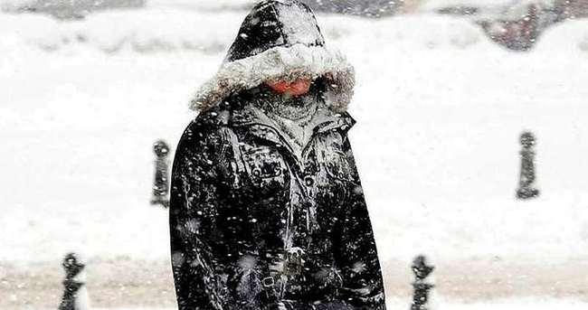 Meteoroloji'den Orta Karadeniz b�lgesi i�in f�rt�na uyar�s�