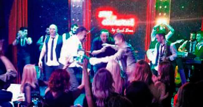 Efsane şarkıya Cenk Eren'den yeni yorum