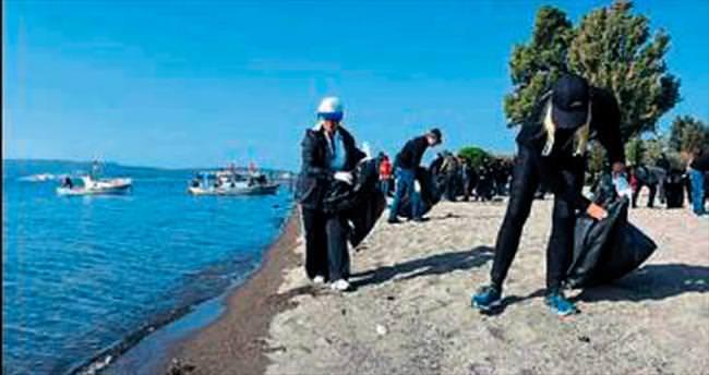 TURMEPA Aliağa'da kıyı temizliği yaptı