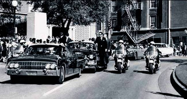 JFK'nin otomobilinin plakasına 100 bin $