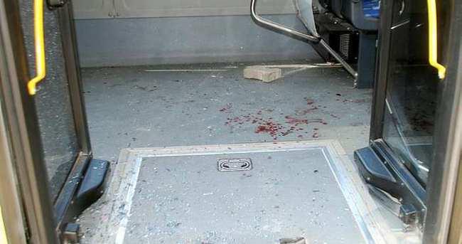 İETT otobüsüne taşlı saldırı!