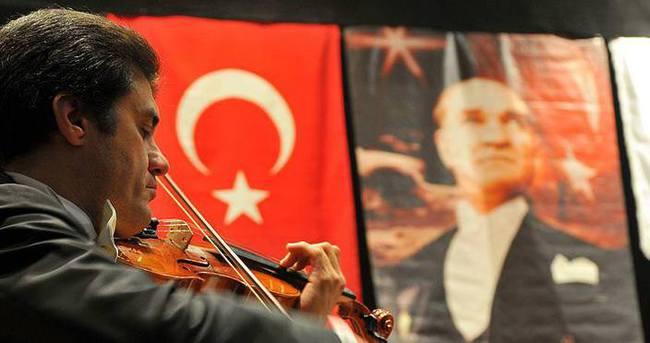 Çukurova'da Atatürk'ü anma konseri