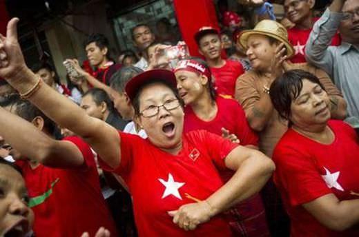Myanmar'da muhalefet kazandı
