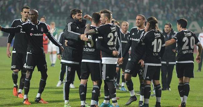 Beşiktaş - Akhisar maçı Fatih Terim Stadı'nda