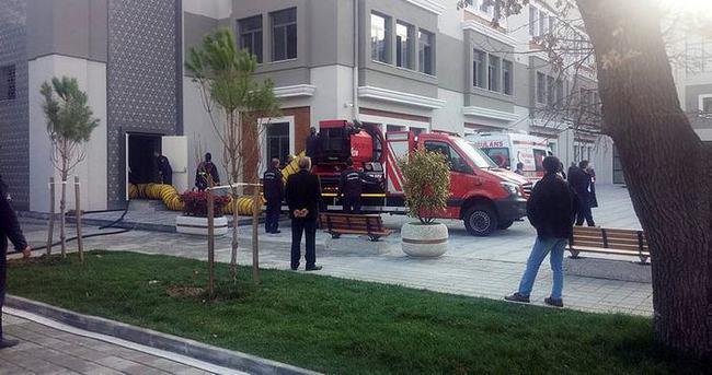 Kadıköy'de okulda yangın paniği!