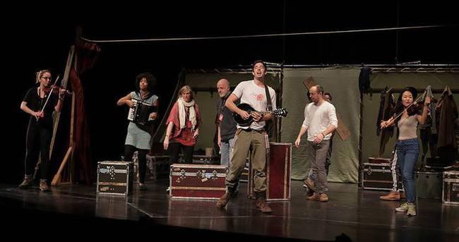 'Hamlet' izleyiciyle buluştu