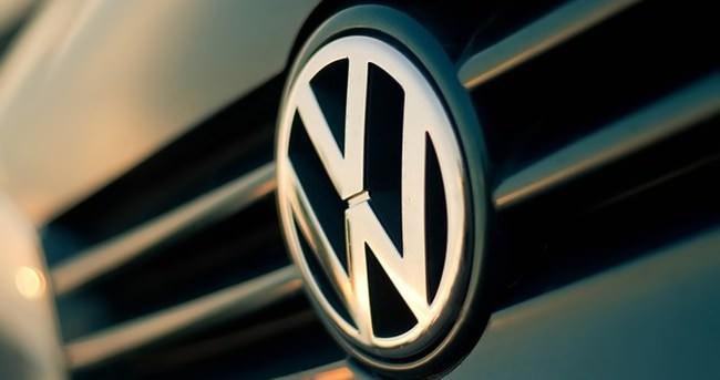 Volkswagen'deki emisyon skandalı satışları vurdu