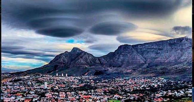 Güney Afrika'ya uzaylılar çöktü!