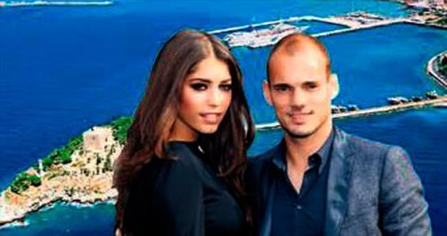 Sneijder Kuşadası'ndan arsa satın aldı