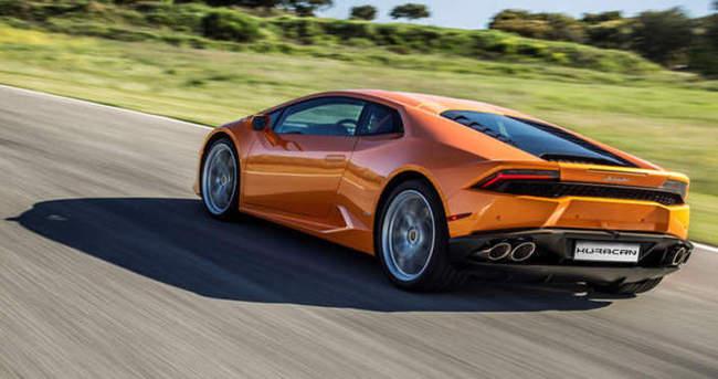 Lamborghini yeniliklerle geliyor