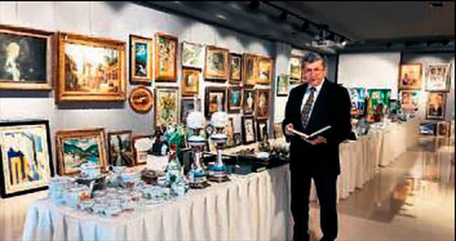300 sanat eseri bugün satılıyor