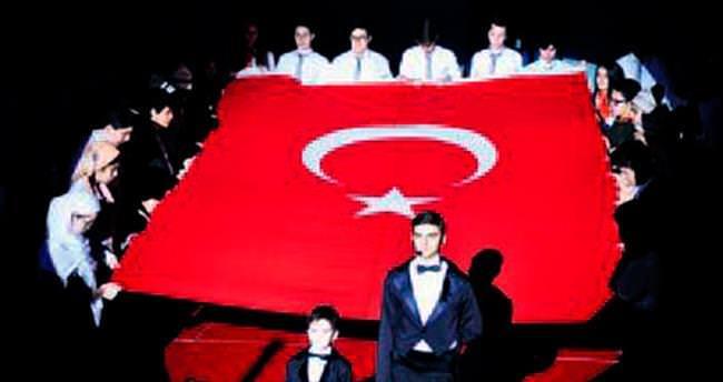 Atatürk Oratoryosu ile 'Örnek' anma