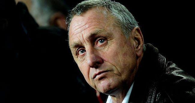 Ajax'ta Johan Cruyff depremi!
