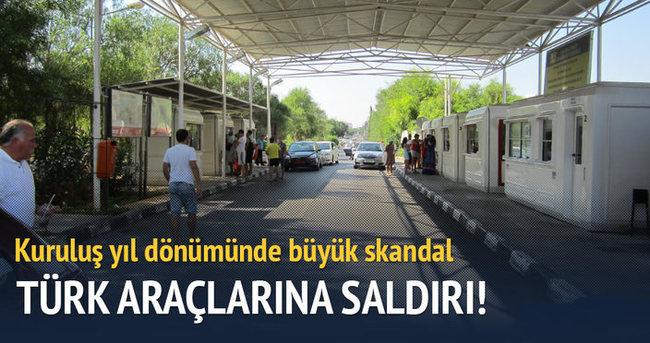 Güney Kıbrıs'ta Türk plakalı araçlara saldırı