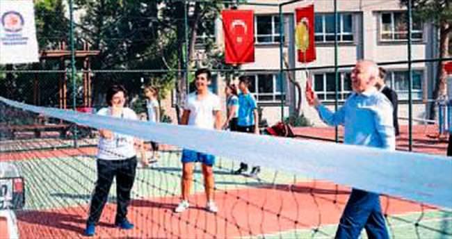 Denizli'de raket sporları turnuvası