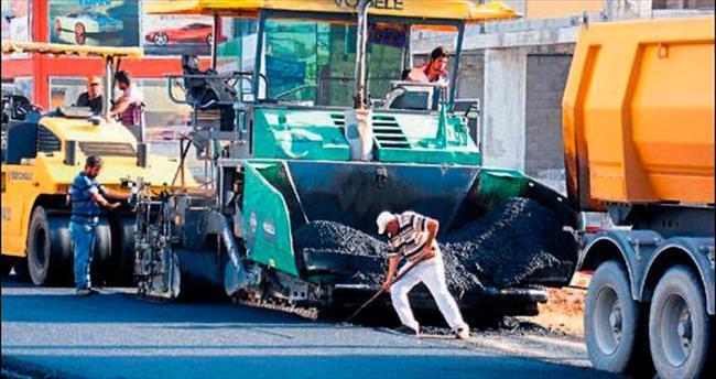 Anamur'un yolları sıcak asfalta kavuştu