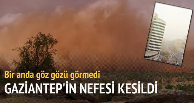 Kum fırtınası nedeniyle Gaziantep'in nefesi kesildi