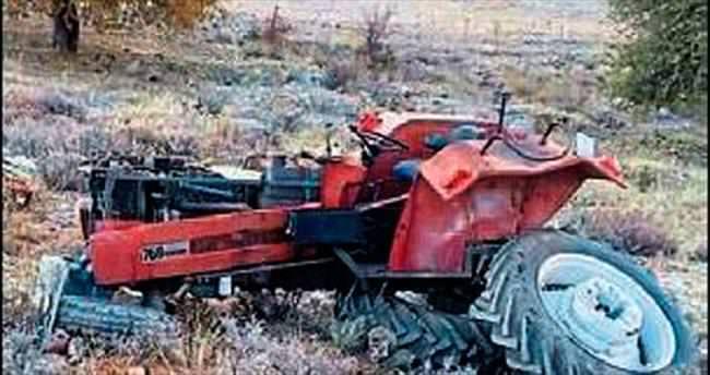 Traktör kazası 1 cana mal oldu
