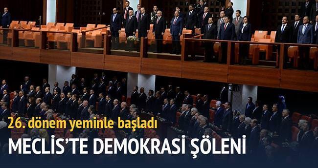 Meclis'te demokrasi şöleni