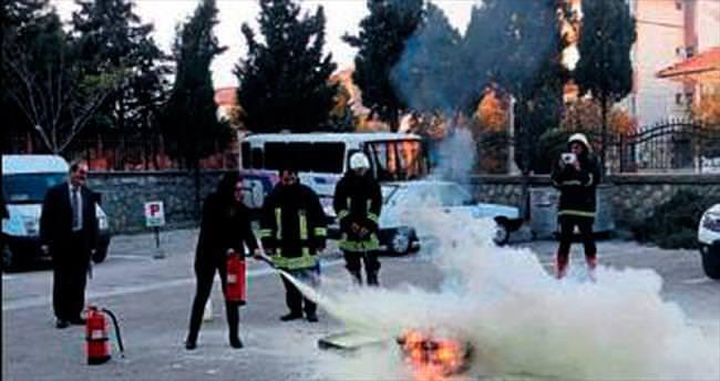 Sosyal hizmetlere yangın eğitimi