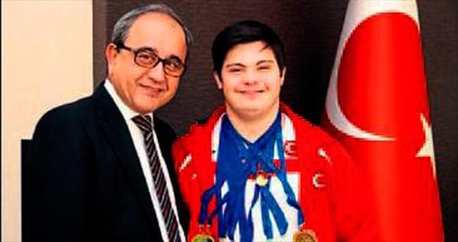 Şahin, PAÜ'yü gururlandırdı